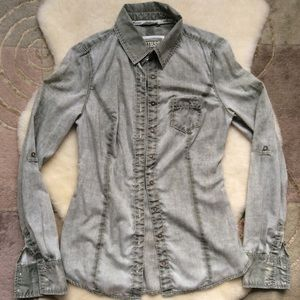 Guess button down top, faded army green size small